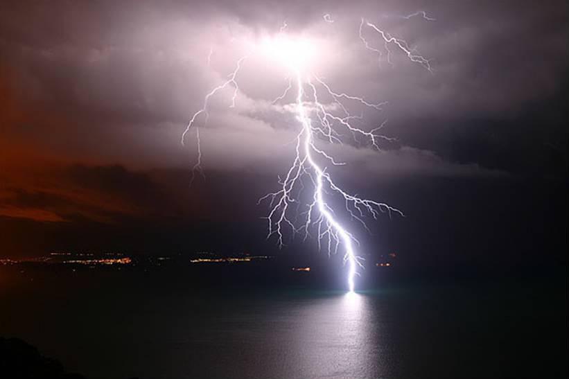 Maltempo, in arrivo temporali e forti venti sul centro-nord