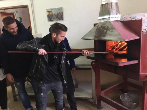 Napoli, Hamsik, Mertens e Pavoletti in visita al carcere di Nisida