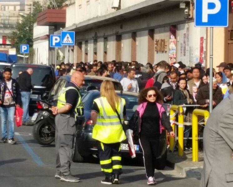 Napoli - Apertura straordinaria dell\'Ufficio Immigrazione ...