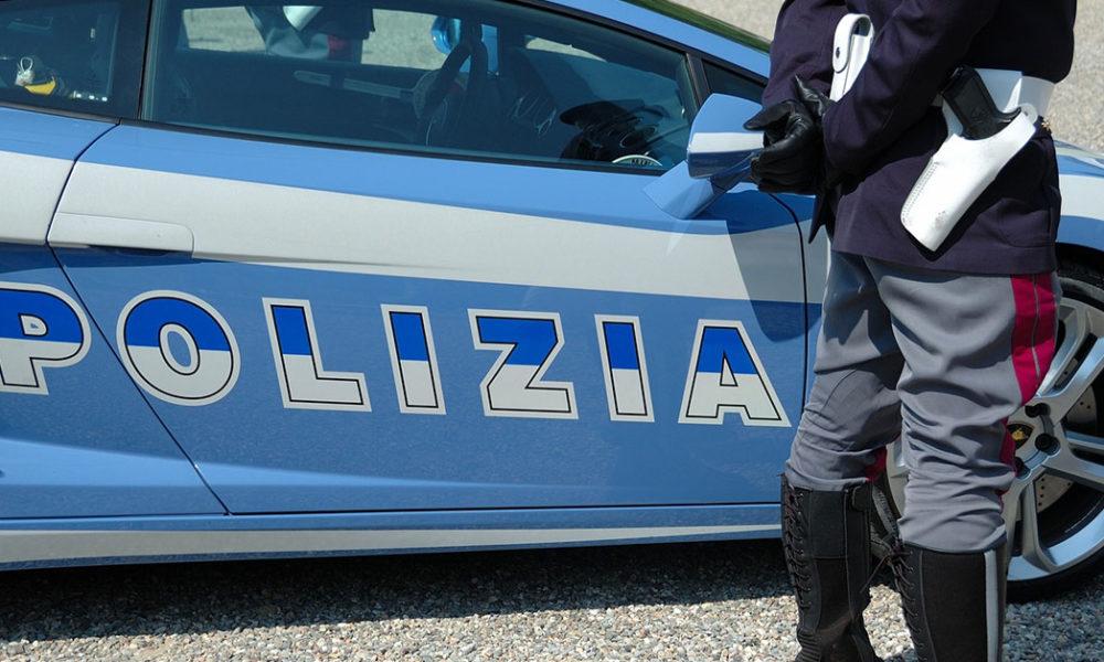 Napoli - Tentata violenza ai danni di una 27enne, arrestato pregiudicato